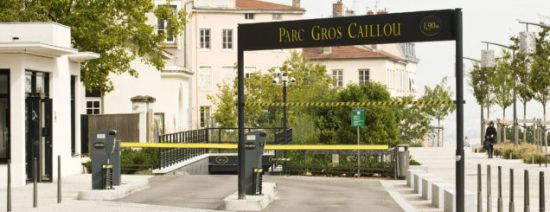 parking20LPA20Gros-Caillou20-20Entree20-20720x245.jpg