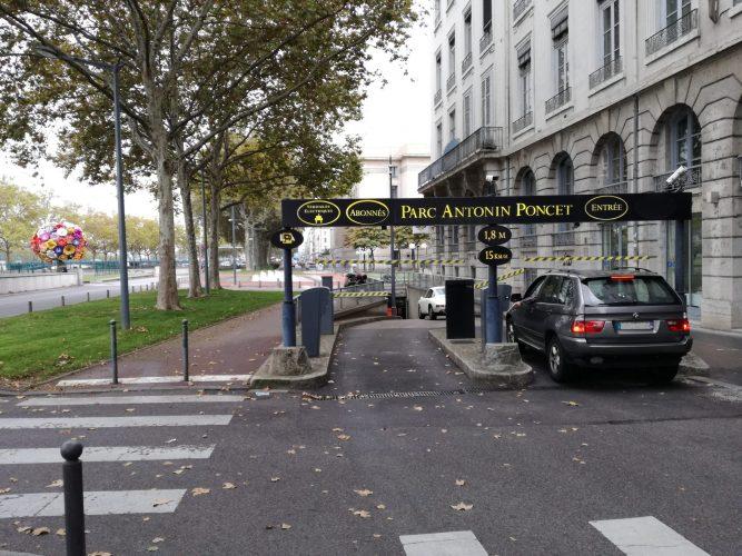 Parking LPA - Antonin Poncet