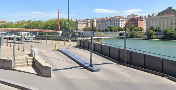 Parking LPA - Saint Jean